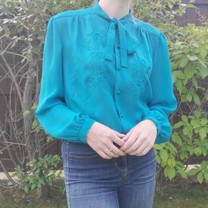 Vintage teal button down with embroidery and ties